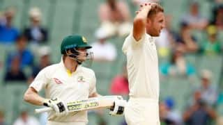 Smith spoils England's hopes of victory; Australia lead by 61 at tea