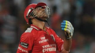 Virender Sehwag run out early as Kings XI Punjab start their chase against Rajasthan Royals cautiously in Match 18 of IPL 2015
