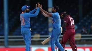 विराट के शतक, भुवी के 4-विकेट हॉल से भारत ने दूसरा वनडे जीता