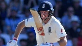 Coronavirus: इंग्लैंड ने बीच में ही रद्द किया श्रीलंका दौरा, शुरू की वापस लौटने की तैयारी