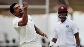 Ranji Trophy 2015-16: Dhawal Kulkarni puts Saurashtra 8 down for 192