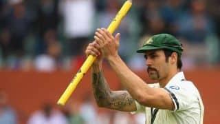 Ashes 2013-14: To keep Mitchell Johnson on fire is Australia's task, says Darren Lehmann