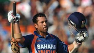 Tendulkar-signed memorabilia up for grabs via e-auction