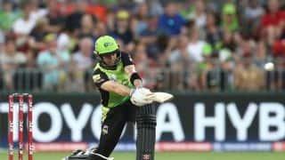 BBL: Callum Ferguson's 113* powers Sydney Thunder to six-wicket win over Perth Scorchers