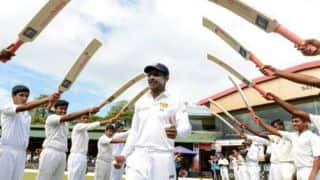 Kumar Sangakkara recieves guard of honour from India on Day of 2nd Test at Colombo