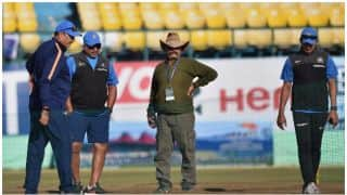 धर्मशाला में टीम इंडिया ने किया कड़ा अभ्यास, कोच शास्त्री ने कहा-खुल के लो सांस