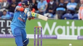 Suresh Raina dropped on 1 by Danushka Gunathilaka in 1st T20I against Sri Lanka
