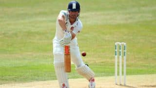 Cook extends deal with Essex