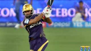 Kolkata Knight Riders in contol of run-chase against Sunrisers Hyderabad in IPL 2014