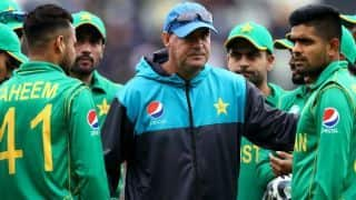 पाकिस्तान के कोच आर्थर ने बल्लेबाजों को ठहराया हार का जिम्मेदार