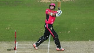 Big Bash League 2014-15 final match: Michael Lumb dismissed by Nathan Coulter-Nile