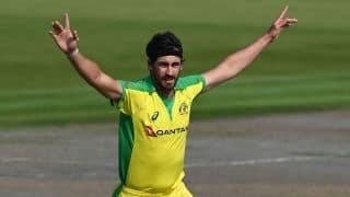 वेस्टइंडीज को छह विकेट से हरा ऑस्ट्रेलिया ने वनडे सीरीज जीती
