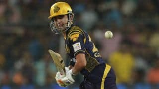 Sunrisers Hyderabad vs Kolkata Knight Riders, Live Cricket Score Updates & Ball by Ball commentary, IPL 2016 Match 8 at Hyderabad
