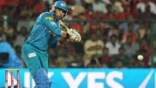 Virat Kohli wants Yuvraj Singh to play for Royal Challengers Bangalore in IPL: Reports