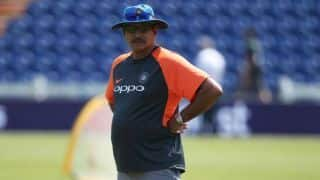 इंग्लैंड में बल्लेबाजी करने के लिए किस्मत की जरूरत- रवि शास्त्री