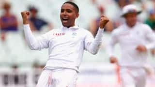 Dane Piedt double sinks England's chances of win or draw at tea on Day 5, second Test at Cape Town