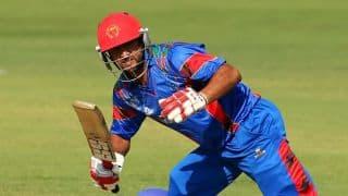Shafiq dismissed on 39