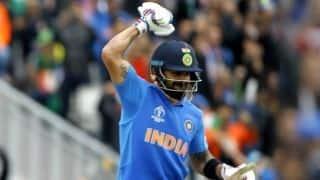 विराट कोहली बने वनडे में सबसे तेज 11 हजार रन बनाने वाले बल्लेबाज