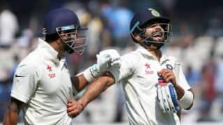 दिल्ली टेस्ट: मुरली विजय ने जमाया अर्धशतक, टीम इंडिया ने की सधी हुई शुरुआत