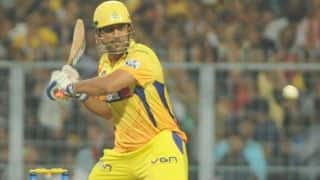 MS Dhoni, David Hussey's half-centuries propel Chennai Super Kings to 185/3 against Sunrisers Hyderabad in IPL 2014