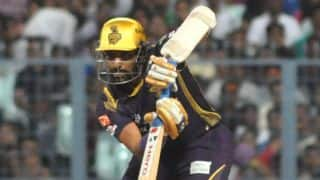 Robin Uthappa and Manish Pandey dismissed by Dominic Muthuswami against Delhi Daredevils in IPL 2015