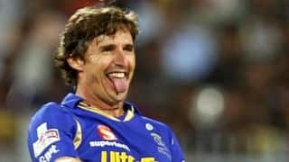 Brad Hogg becomes the oldest player to play IPL