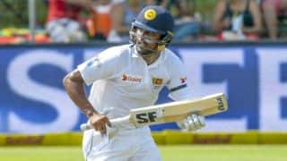 Karunaratne, Chandimal keep SL on course against India