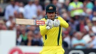 Marcus Stoinis calls banters 'pretty good' while fielding near the boundary