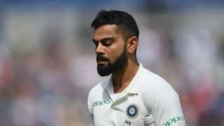ऑस्ट्रेलियाई गेंदबाजों के सामने बिखरा भारतीय शीर्ष क्रम, फैंस को लगा झटका
