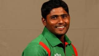 Kayes helps Bangladesh A salvage draw