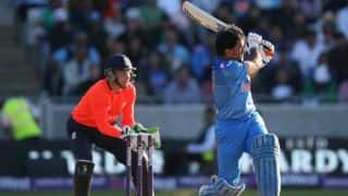 Did MS Dhoni make critical errors in the run-chase?
