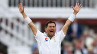 Yasir Shah's 5-for gives Pakistan advantage as England end Day 2 at 253-7 in 1st Test at Lord's