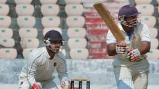 Satish leads Karnataka to 159/3 at lunch on Day 2