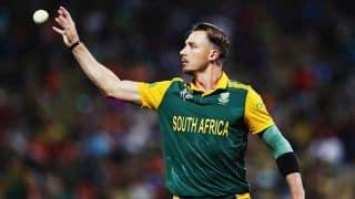 Akshar Patel dismissed for 5 by Dale Steyn against South Africa in 5th ODI at Mumbai