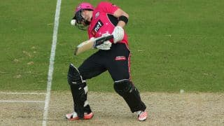 Riki Wessels hit on helmet by Kane Richardson delivery during Big Bash League semi-final