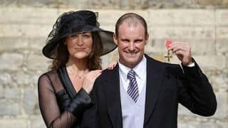 Andrew Strauss's wife dies after losing battle with cancer