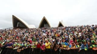 Australia Ashes 2013-14 public celebrations: Fans gather at Sydney Opera House