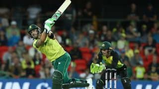 Australia win toss and bowl in only T20 versus South Africa after rain delay