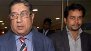 N Srinivasan, Anurag Thakur in BCCI's informal meeting
