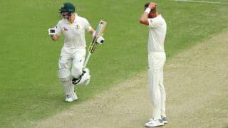 एसेज सीरीज: पहले टेस्ट में ऑस्ट्रेलिया ने इंग्लैंड को 10 विकेट से धोया