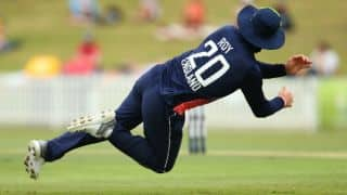 Jason Roy injures hand during warm-up match against CA XI