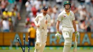 Alastair Cook's 244* wipes Australia's whitewash hopes; England take two wickets before lunch on Day 4, 4th Ashes Test