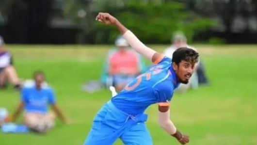 दलीप ट्रॉफी: इशान पोरेल ने झटके तीन विकेट, पहले दिन इंडिया ब्लू-112/6