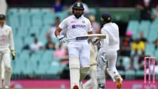 ऑस्ट्रेलिया के खिलाफ 100 छक्के लगाने वाले दुनिया के पहले बल्लेबाज बने रोहित शर्मा