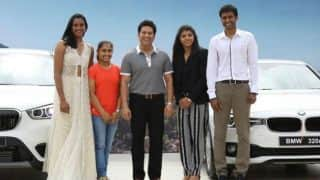 Tendulkar presents luxury cars to Sindhu, Sakshi Malik, Dipa Karmakar