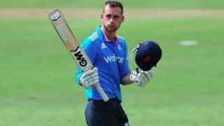 क्रिकेट से अनिश्चितकाल के लिए दूर हुए ओपनर एलेक्स हेल्स