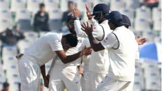 तीसरे दिन का खेल समाप्त, इंग्लैंड की हालत नाजुक, भारत हावी