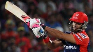Yuvraj Singh gets to 2000 IPL runs, during Match 39 of IPL 2015 against Mumbai Indians