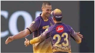 IPL 2017: Nathan Coulter Nile missed taking 3 wickets in an over