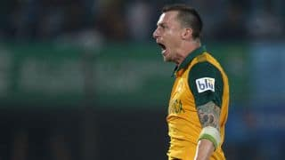 Dale Steyn completes 50 T20I wickets in tense win against New Zealand at ICC World T20 2014